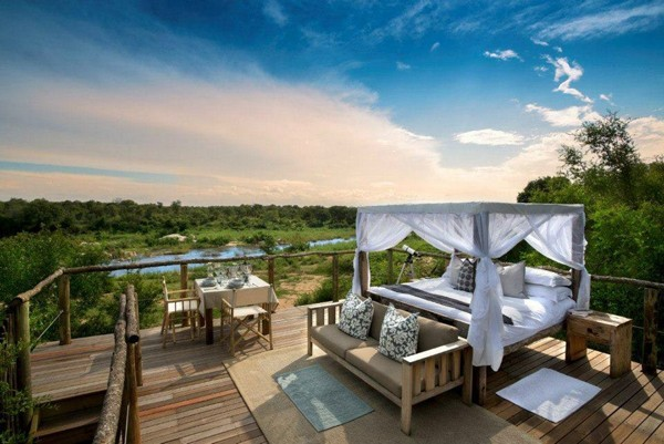 Featured Accommodation: Tinga Tinyeleti Tree House
