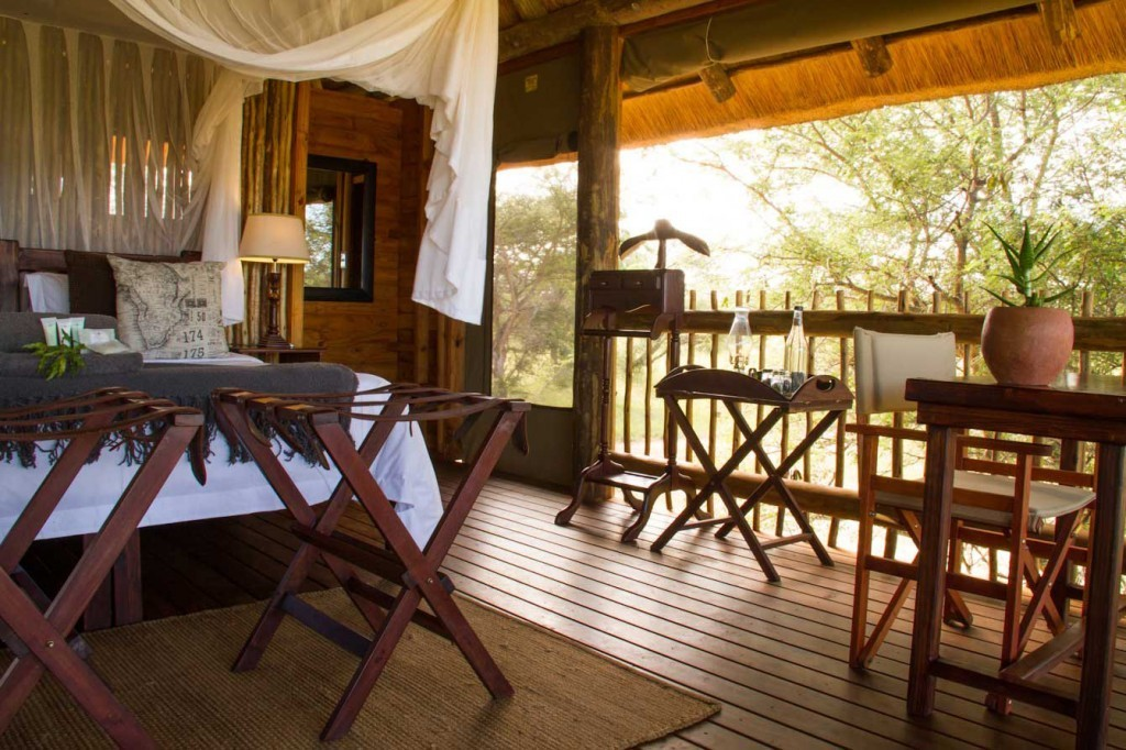 Viewing deck at nThambo Tree Camp