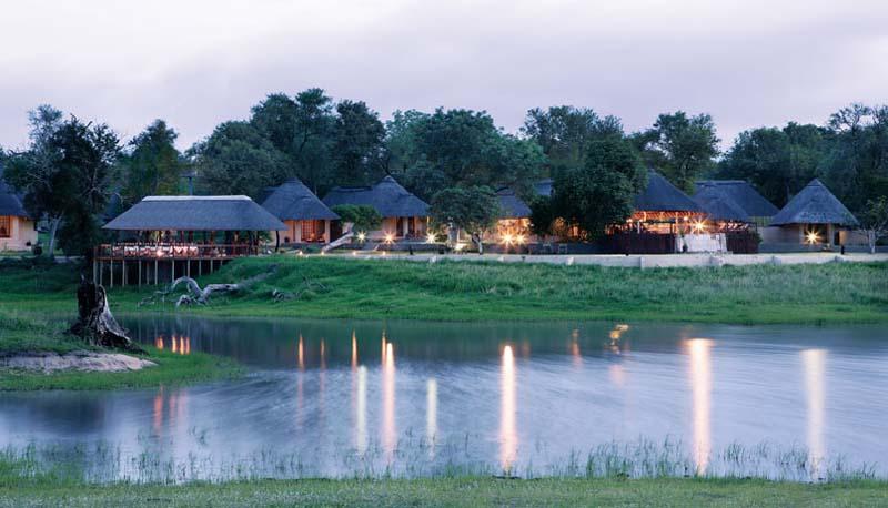Arathusa Safari Lodge  Sunset