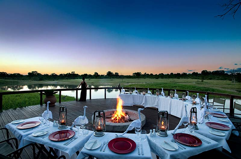 Dining Arathusa Safari Lodge