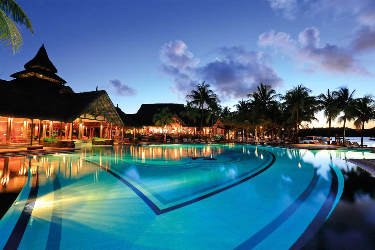 Shandrini Resort Swimming Pool