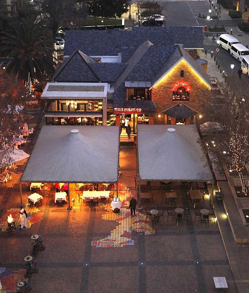 Melrose Restaurant Vibe