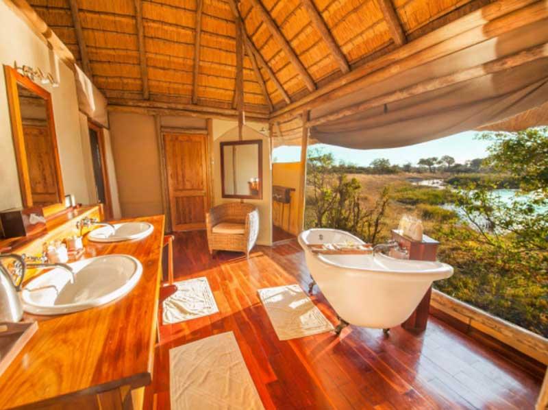 Kwando Lagoon Bath Tub