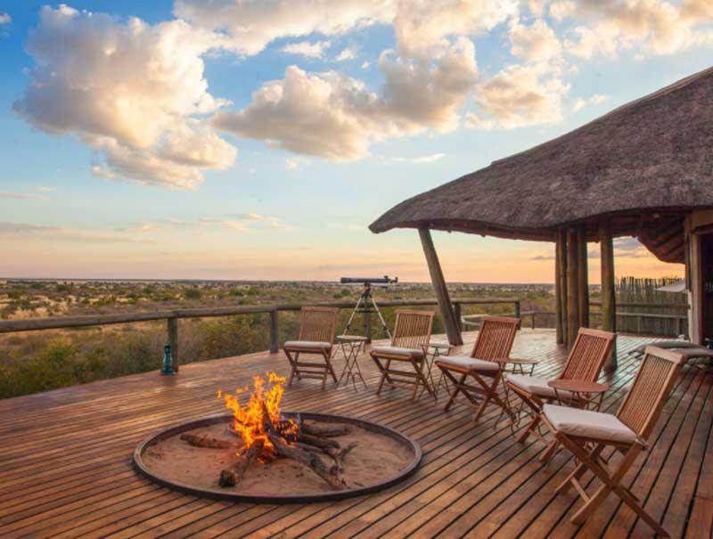Tau Pan Kalahari Lodge