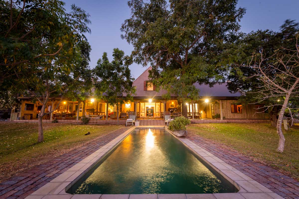 Timbavati Game Reserve : Hire An Exclusive Use Safari Villa for 8 People