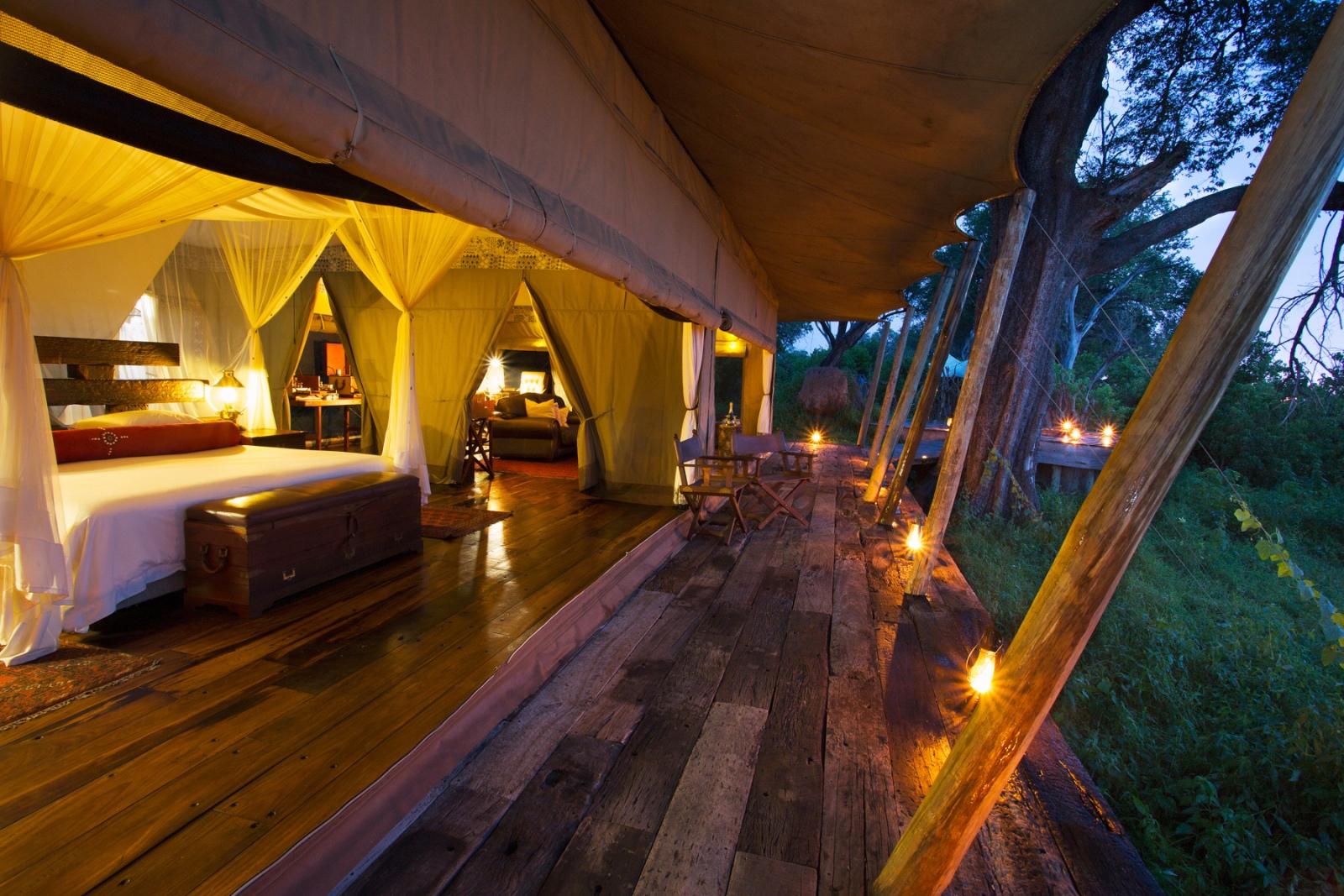 Zarafa Camp luxury tent overlooking the lagoon
