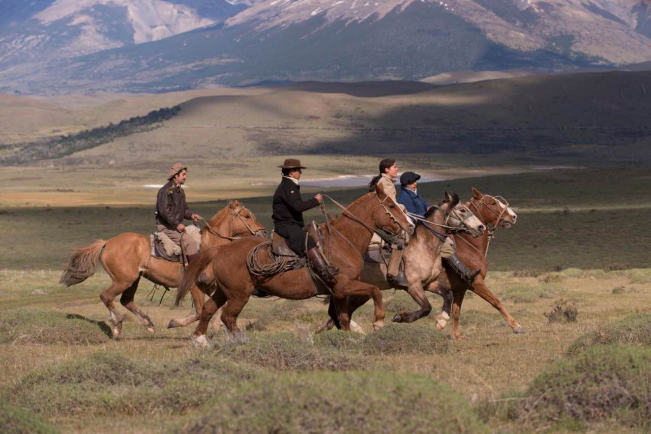 Awasi Patagonia guacho cowboys and horses