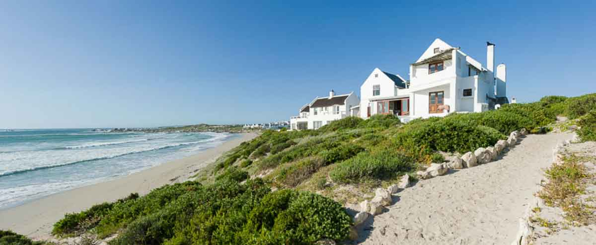 Oystercatchers' Haven in Paternoster