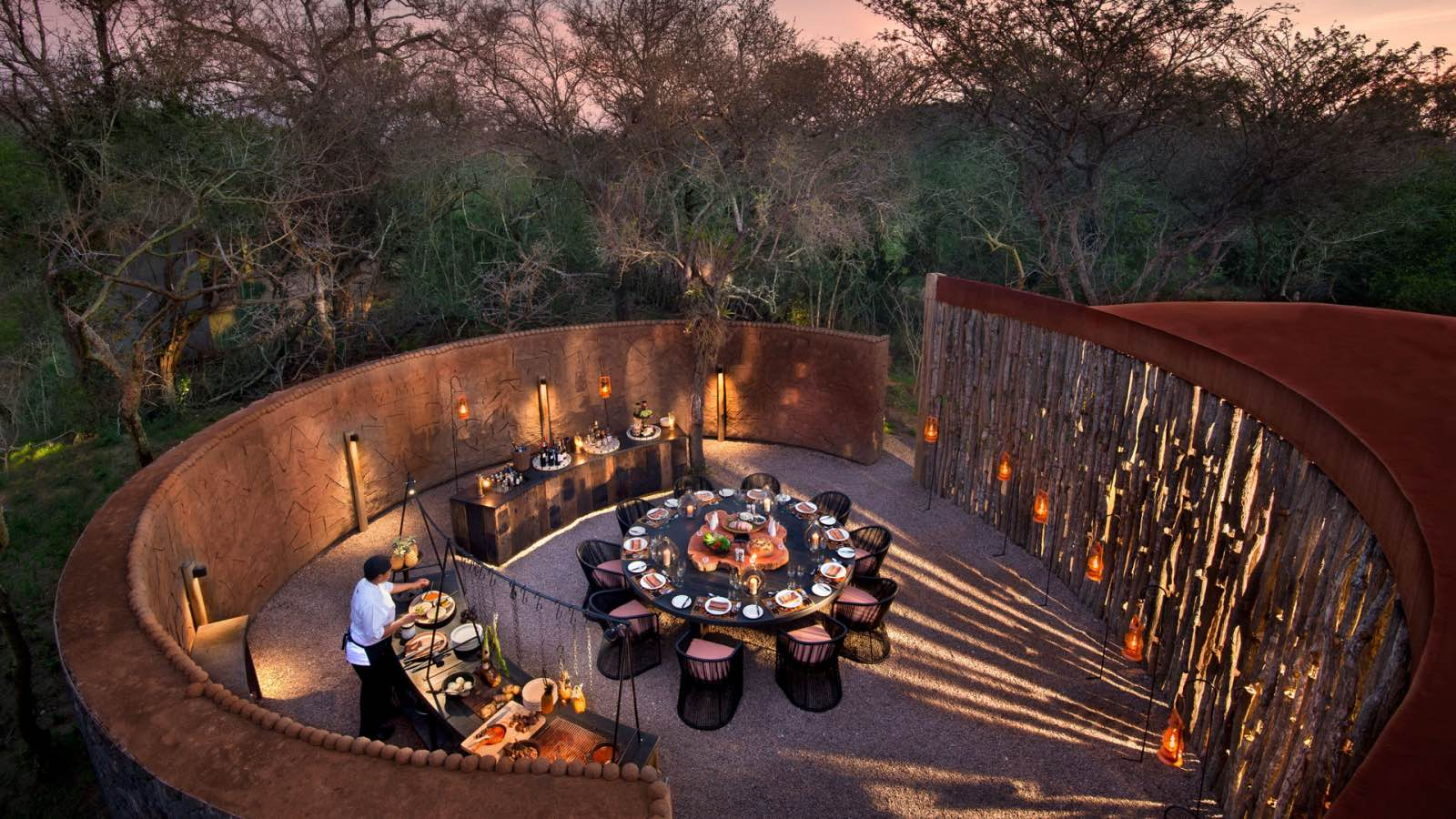 The lively boma where alfresco dinners are served fireside