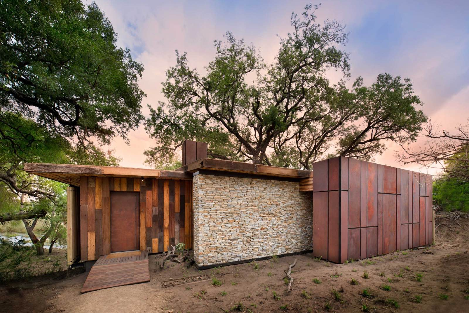 Organic and blending in with nature - suite exterior