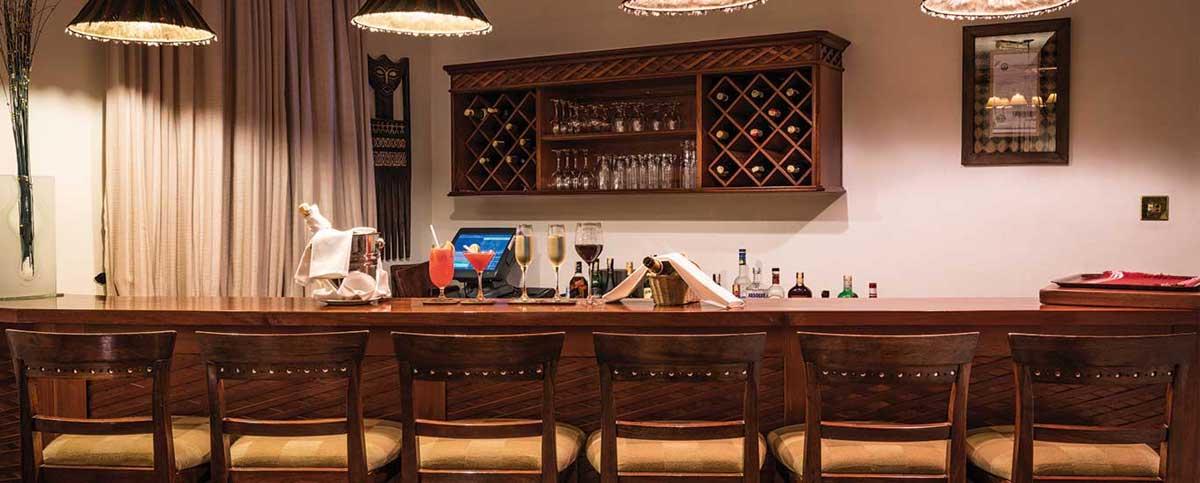 House of Waine Bar