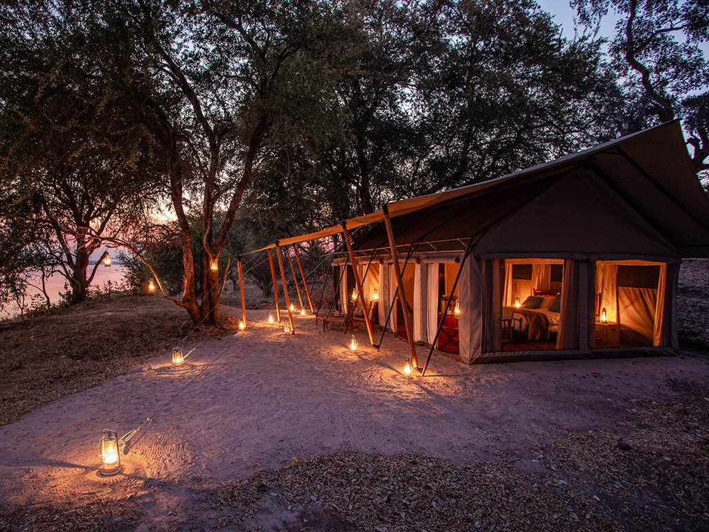 Luxury nostalgic safari tents at Sapi Explorers_Fotor