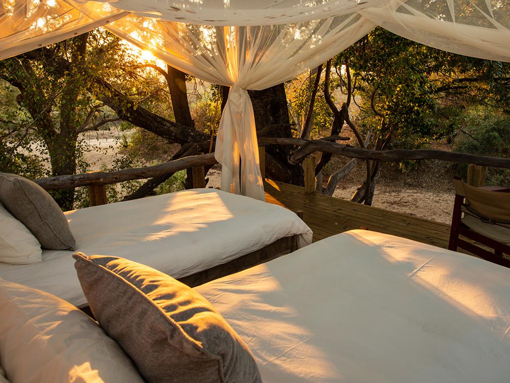 Sapi Springs open-air bedrooms