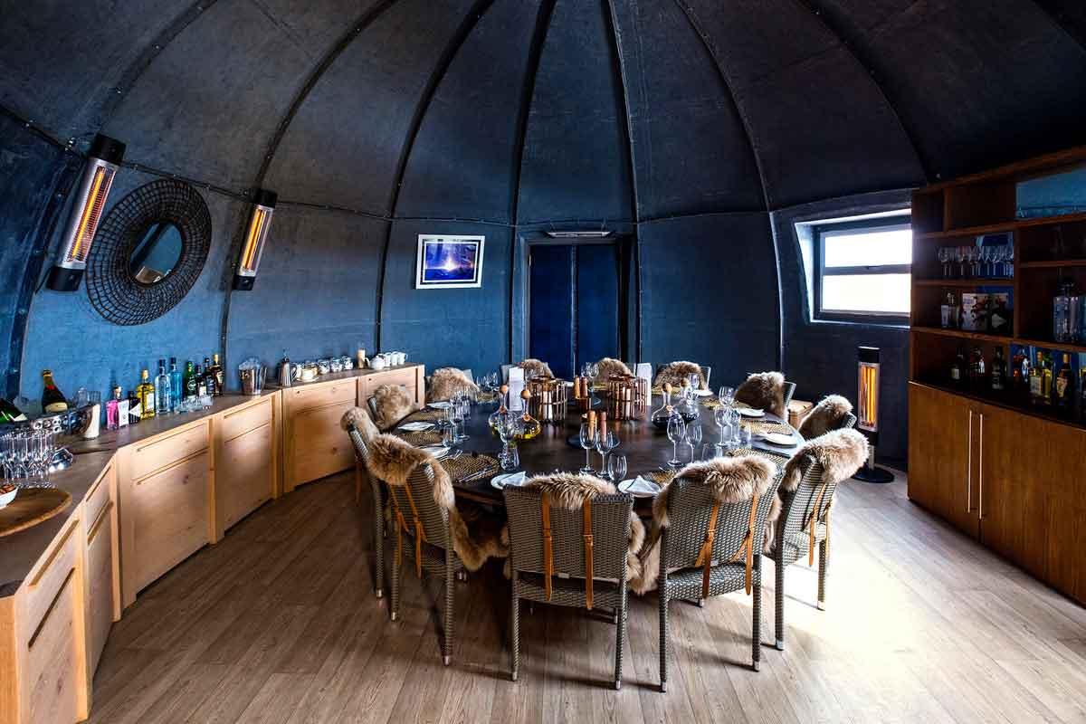 Dining in the Polar Regions