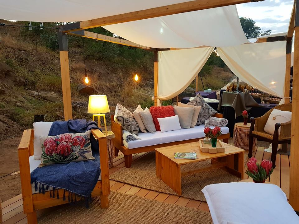 Outdoor lounge at Kruger Grande