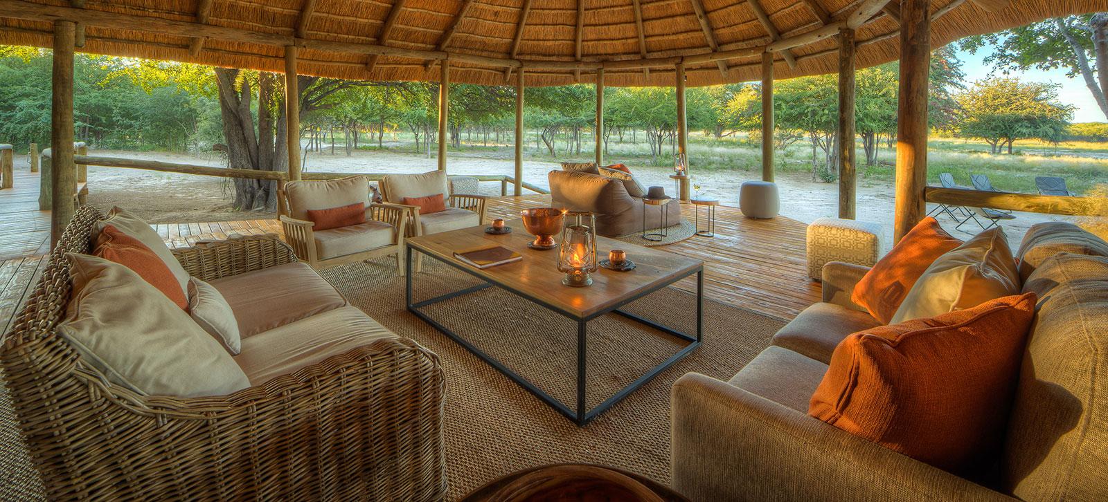Dinaka Camp Lounge