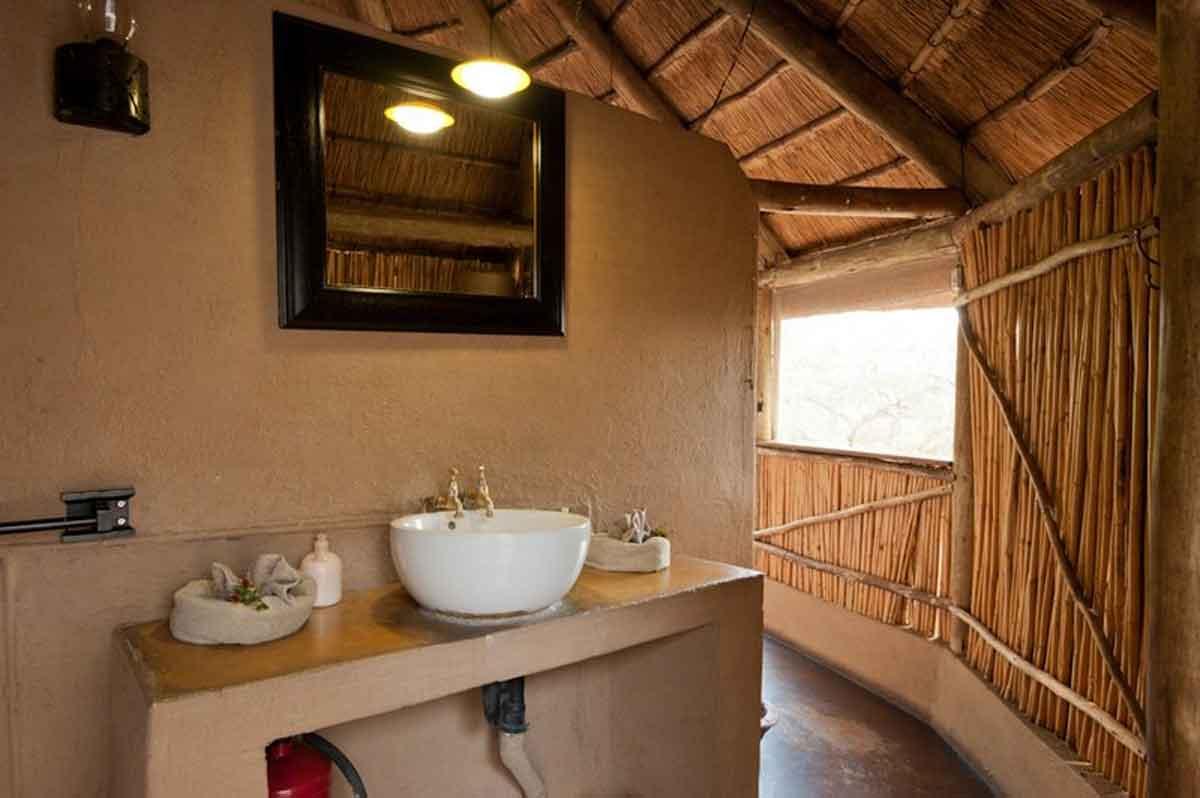 Umlani Bush Camp Bathroom