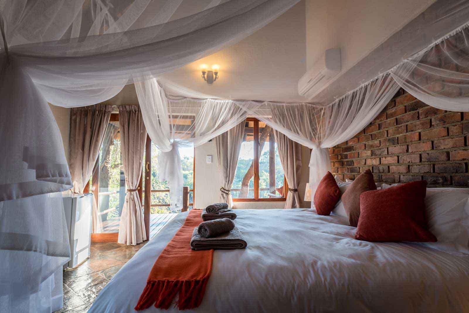 Klaserie River Safari Lodge Bedroom
