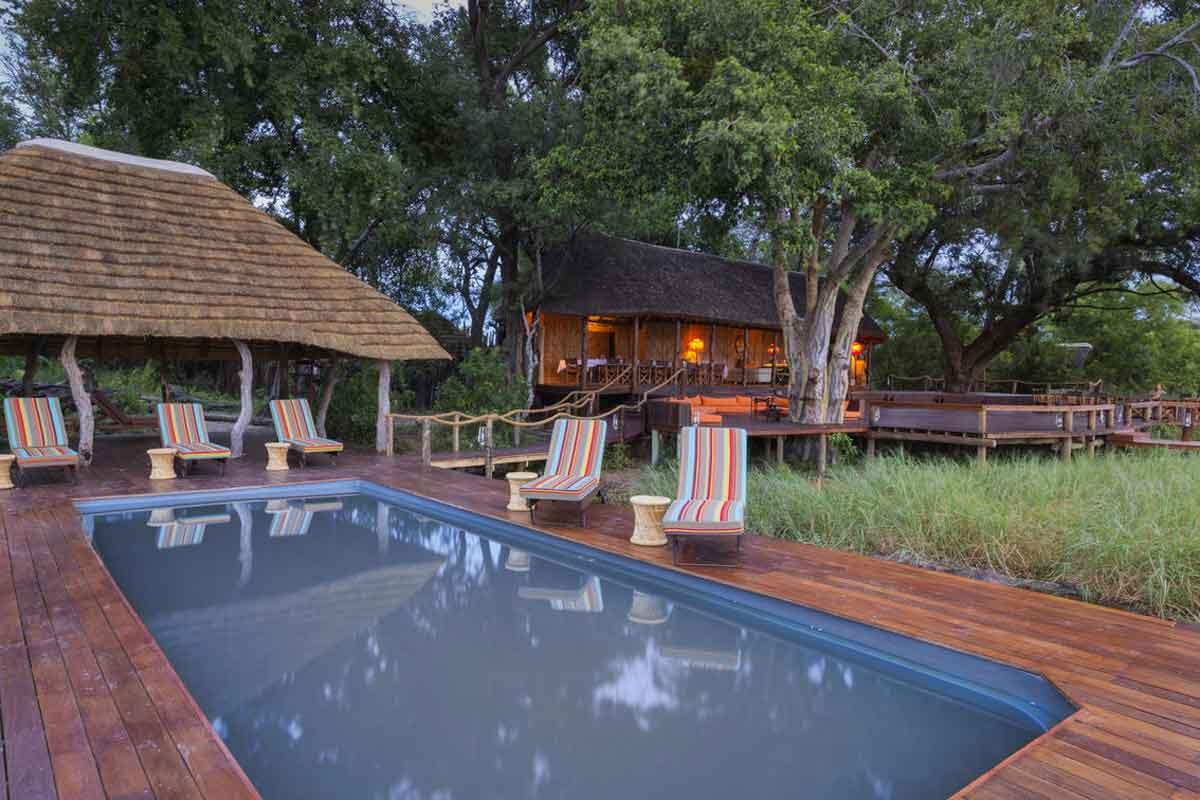 Mapula Lodge Grounds and Pools